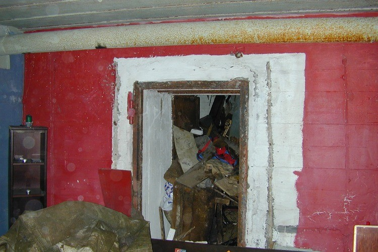 HISTORIE: Mye historie ligger i veggene på denne bunkeren på Storåsen. (Foto: Paul Sedal)